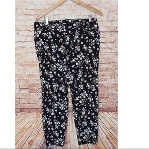 Soho | Black/Floral Pull On Ankle Length Pants